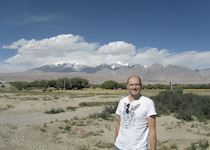Chris in front of Mount Muztagata, Kashgar, China